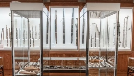 Muzea online: Le Musée des instruments à vent